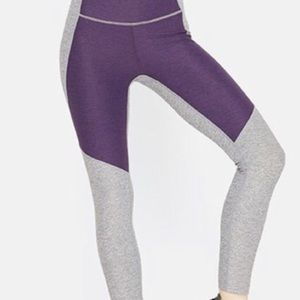 Outdoor Voices Two-Toned Leggings, Size XS